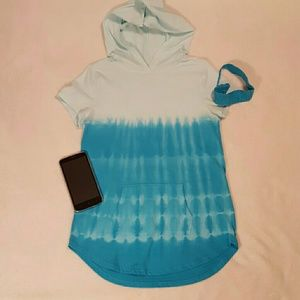 Ombre tie dye shirt with hood & front pocket